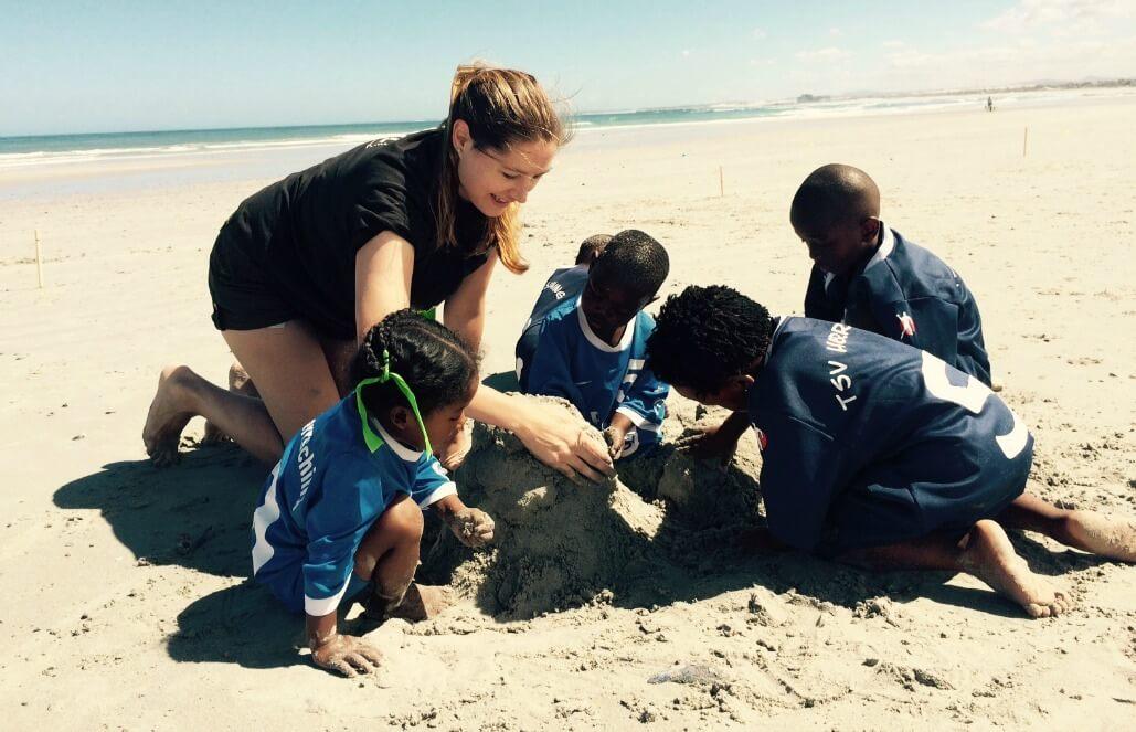 משלחת התנדבות הומניטרית עם ישראלים בקייפטאון – חנוכה 2018