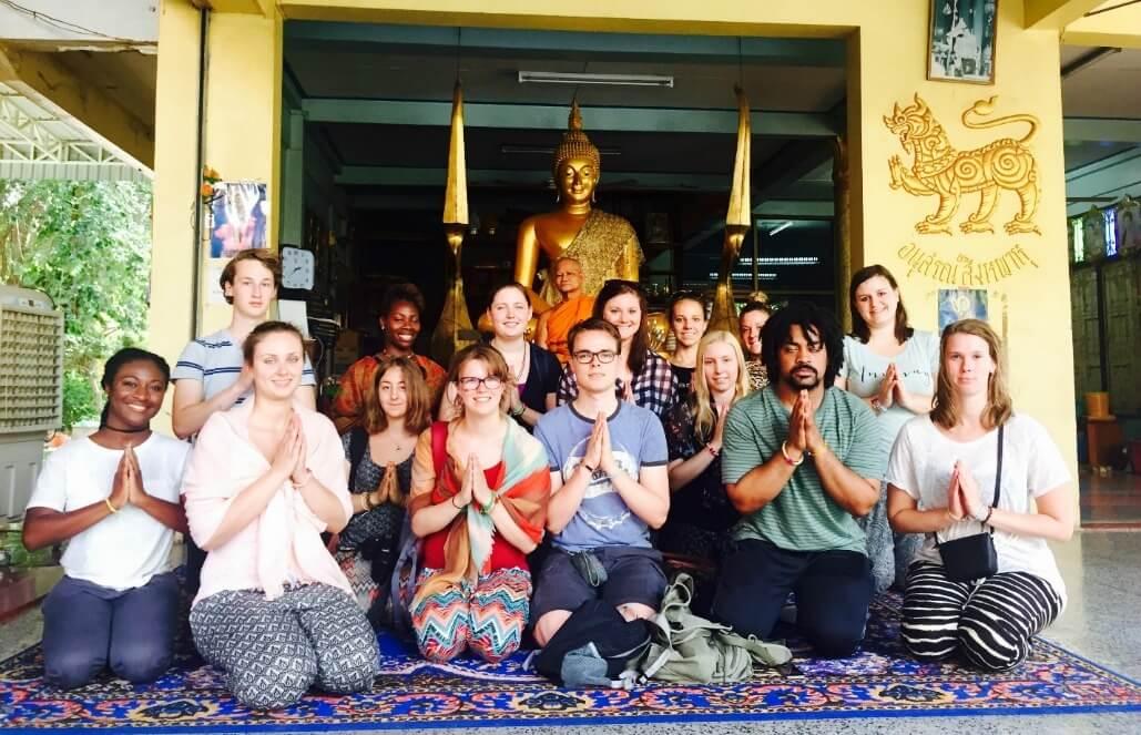 תאילנד – חוויה תרבותית וסיוע קהילתי
