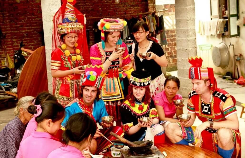 סין – סיוע קהילתי בכפרים