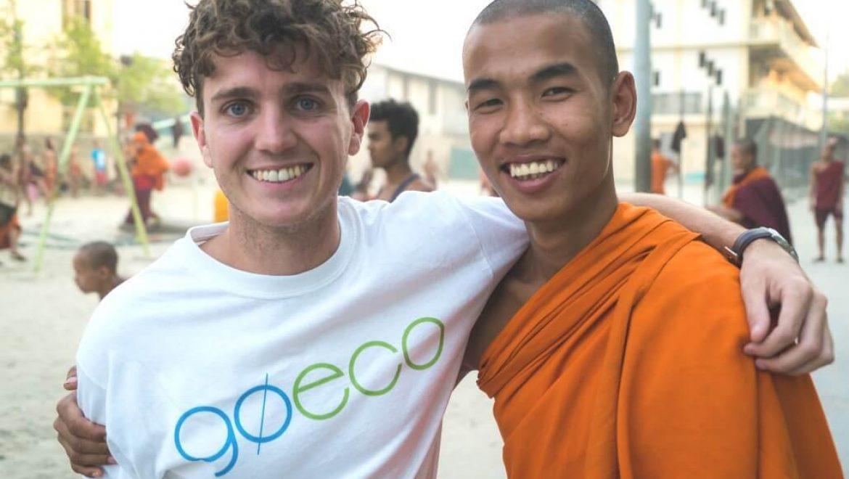 בורמה – הוראה במנזרים